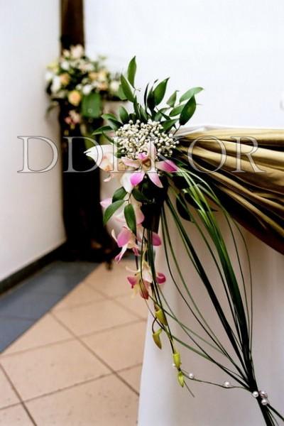 Főasztal virágdekoráció