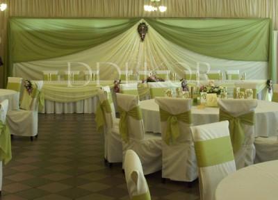 Sasfészek  esküvői teremdekoráció
