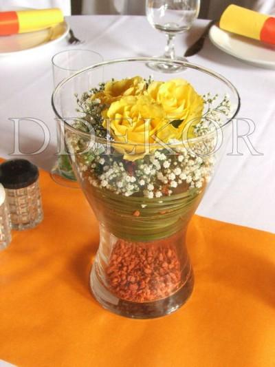 Rózsás asztaldísz